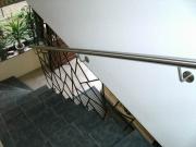 Geländer mit Edelstahlhandlauf
