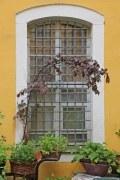 Geschmiedetes Fenstergitter, massiv und sicher