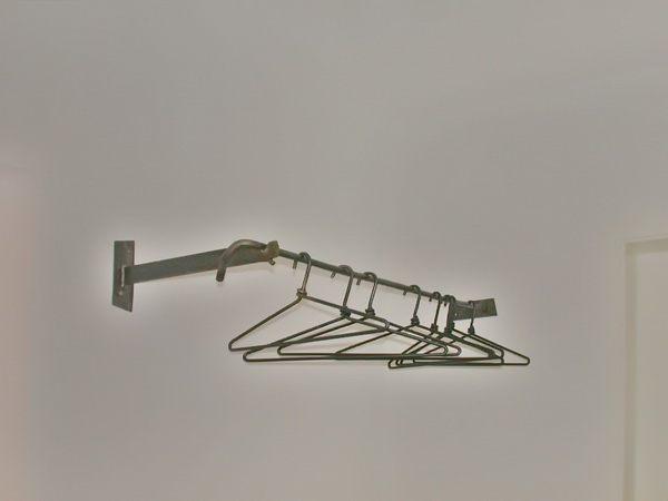 Geschmiedete garderobe mit wandbefestigung for Garderobe zaun