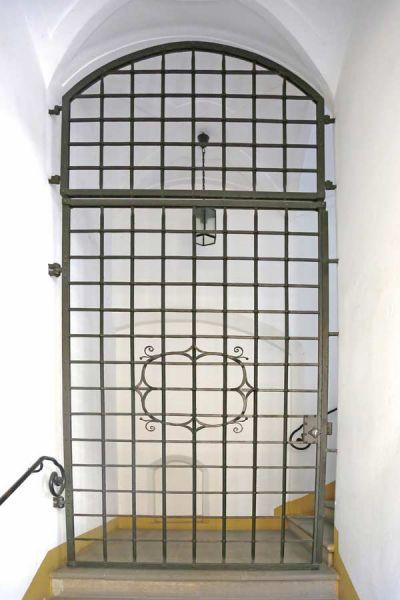 geschmiedete Türe nach historischem Vorbild