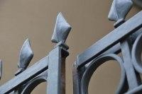 handgeschmiedetes Tor aus Stahl in Leipzig