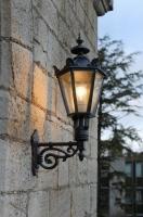 Wandleuchten für eine historische Villa