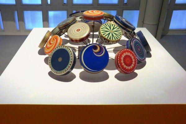 Keksdosenskulptur für das Kestner Museum in Hannover