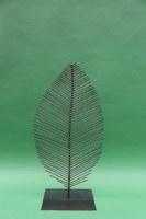 Dreidimensionales Blatt aus Stahl geschweißt