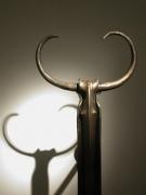 Garderobe Minotaurus aus Stahl geschmiedet