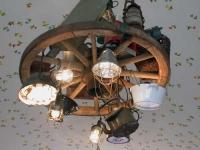 Kronleuchter im Torhaus in Mullewapp
