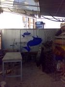 Pelikane aus Stahl gelasert und lackiert als Blickfang für einen Messestand