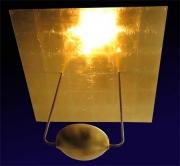 Leuchte mit quadratischem Reflektor