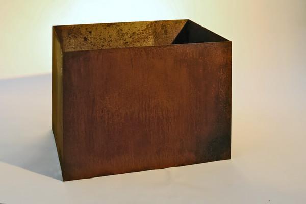 rostiges pflanzgef aus 3 mm corten stahl. Black Bedroom Furniture Sets. Home Design Ideas