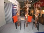 Pflanzenhalterung aus Stahlblech für einen Messestand