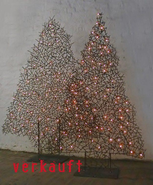 weihnachts tannenb ume aus draht beleuchtet. Black Bedroom Furniture Sets. Home Design Ideas