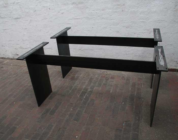 tischgestelle aus 12 mm stahlblech gelasert. Black Bedroom Furniture Sets. Home Design Ideas