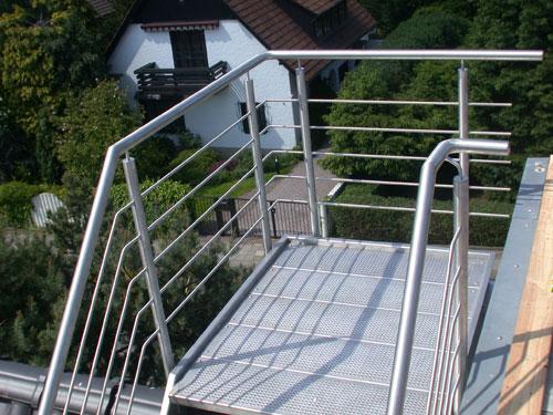 treppe und tragekonstruktion aus edelstahl. Black Bedroom Furniture Sets. Home Design Ideas