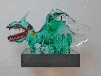 wandhängendes Podest für eine Glaskulptur