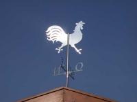 Wetterhahn mit Himmelsrichtungsanzeiger aus Edelstahl