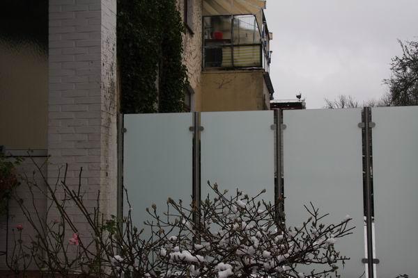 windschutz und sichtschutz aus edelstahl und sicherheits glas. Black Bedroom Furniture Sets. Home Design Ideas